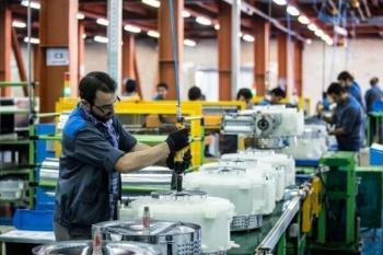 جلوگیری از تعطیلی ۱۵۰ کارخانه در سه ماه توسط سازمان بسیج کارگری