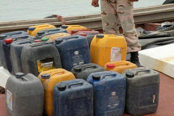 توقف پراید با کالای قاچاق در نهبندان / هزار و ۵۰۰ لیتر سوخت قاچاق در سرییشه