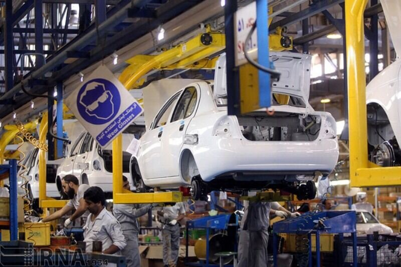 موافقت کمیته خودرو با فروش فوقالعاده ۱۵۲هزار دستگاه خودرو تا پایان امسال