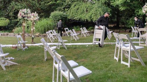 جشن عروسی به ضیافت کرونایی بدل شد! +عکس