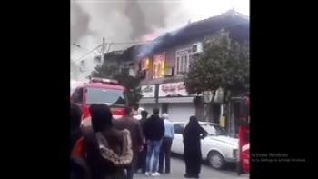 نجات جان ۱۸ نفر از میان دود و آتش اهواز