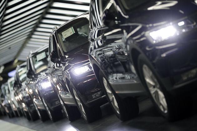وابستگی به خارج در تولید خودرو کاهش مییابد