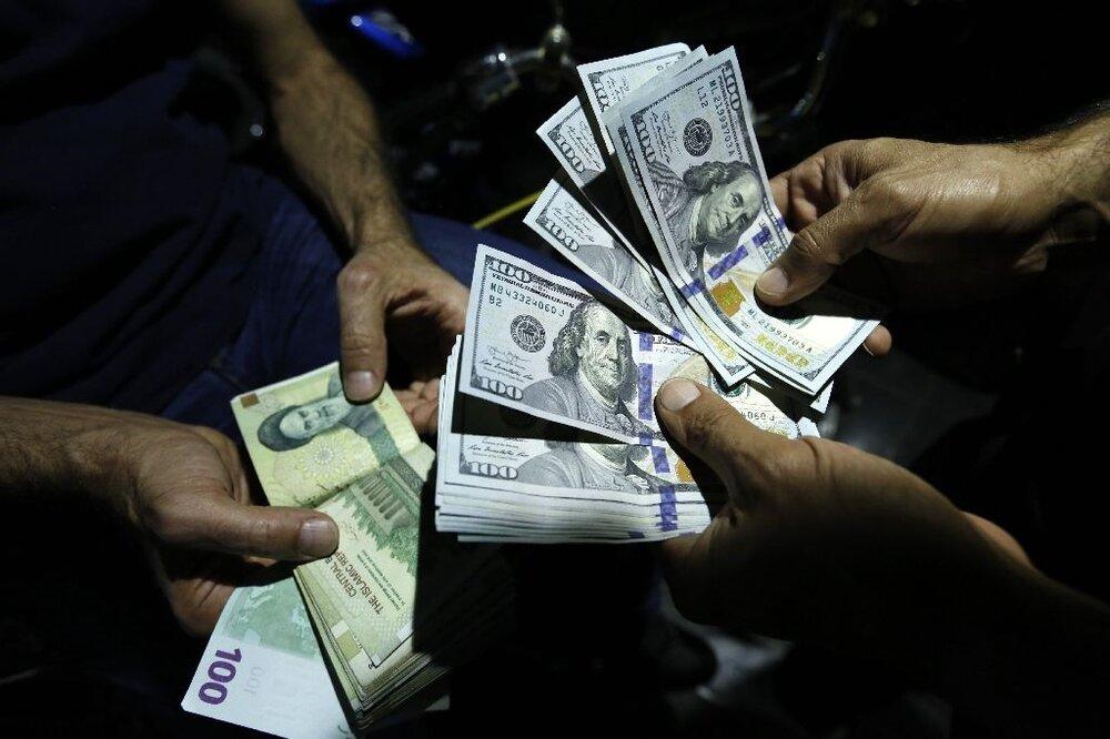 دلار دوباره به کانال ۲۷ هزار تومان بازگشت/سکه ۱۳ میلیون را رد کرد