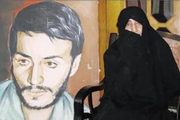 پیکر مادر سردار شهید همت در شهرضا به خاک سپرده شد+ تصاویر