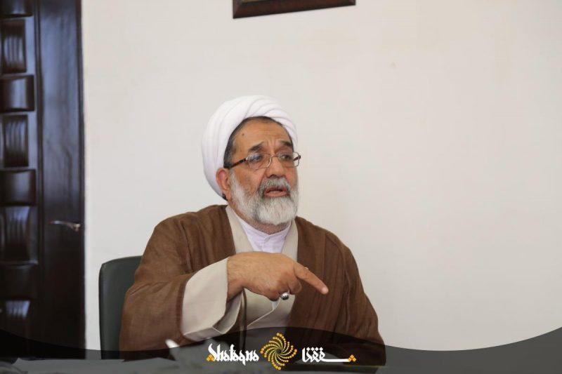 حجت الاسلام نبوی: چرا نگارش کتب تعلیمات دینی به حوزه محول نمی شود؟