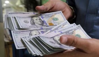 ادامه نوسان قیمت ها در بازار سکه و ارز/ کاهش ارزش پول ملی ارز و طلا را گران کرد