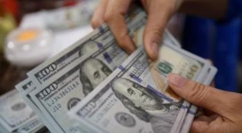 پیشبینی مسئولان از آینده قیمت دلار در ایران