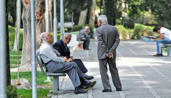 همسان سازی تبعیض آمیز حقوق بازنشستگان/ واکنشها به اعتراض بازنشستههای تامین اجتماعی