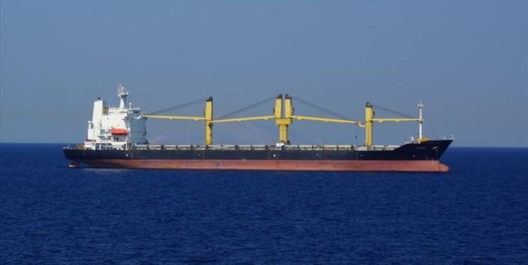 معطلی4 ماهه 2 کشتی حامل روغن خوراکی در بندرعباس/ محموله متعلق به کیست؟