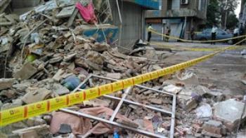 ساختمان دوطبقه در مشهد فروریخت