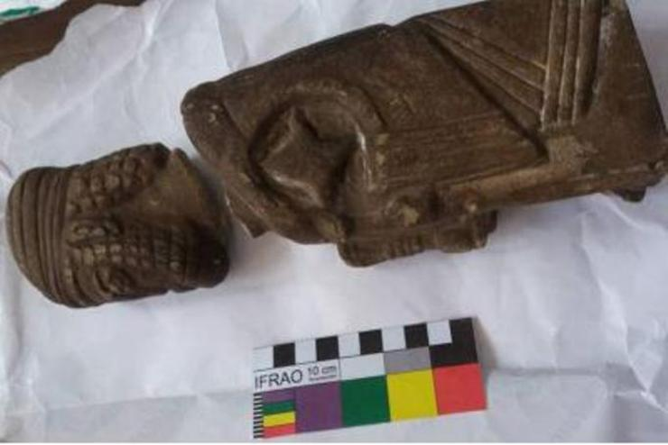عکس| کشف سرباز هخامنشی ۲ هزار ساله در اتوبوس