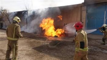 آتش سوزی درکارگاه تولید لوازم پلاستیکی در محدوده ورامین