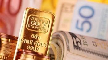 دلار باعث کاهش قیمت طلا شد