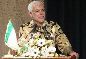 امنیت کامل چهار شهر در عراق به دستور حضرت امام(ره)/ ماجرای برگزاری مراسم عقد اسیر عراقی در اتاق فرمانده ایرانی