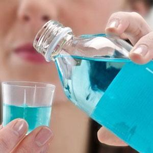 """""""یا دهان شویه ویروس کرونا را نابود می کند؟"""""""