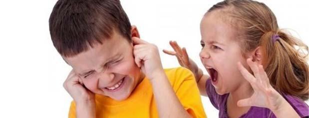 والدین در دعوای فرزندان دخالت نکنند
