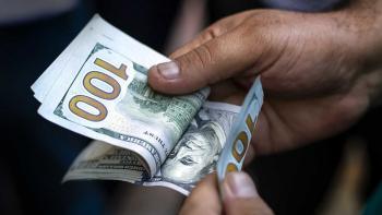 بازار ارز با سیگنال مهم قیمتی/ همچنان منتظر افزایش قیمت دلار باشیم؟