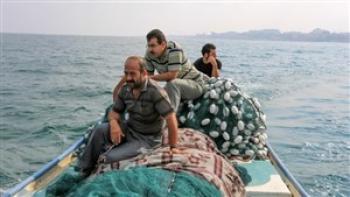 بازگشت ۳ صیاد مفقود شده در آبهای جنوب کیش به آغوش خانواده