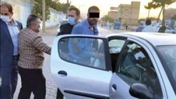 قاتل با دستان خون آلود در صحنه قتل شوکه شد