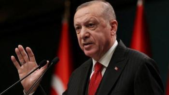 وزیر خارجه ترکیه: اردوغان از حساسیت شعر بیخبر بوده است