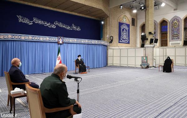رهبر انقلاب در دیدار دستاندرکاران مراسم سالگرد شهید سلیمانی: مسئولان نباید اتحاد و همصدایی مردم را از بین ببرند