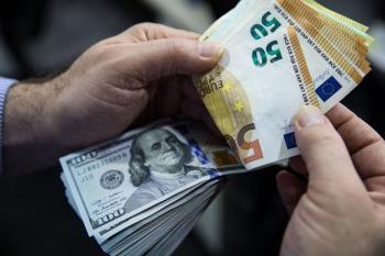 خبر مهم برای دلار/میزان تراکنشهای یورو از دلار پیشی گرفت