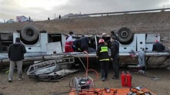 واژگونی اتوبوس در خراسان شمالی با ۱۸ مصدوم