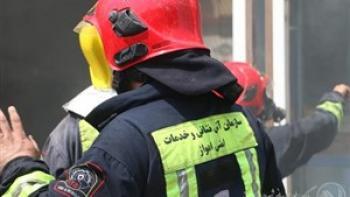 آتش نشانان اهواز مانع خودکشی مرد ۳۸ ساله شدند
