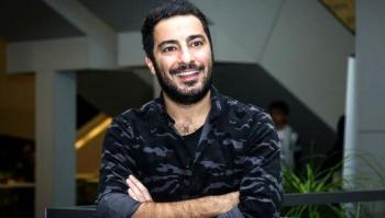شباهت جالب «نوید محمدزاده» و برادرش/ عکس