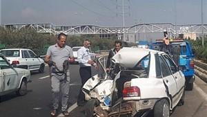 مرگ راننده پراید در تصادف با تریلر حامل شیشه