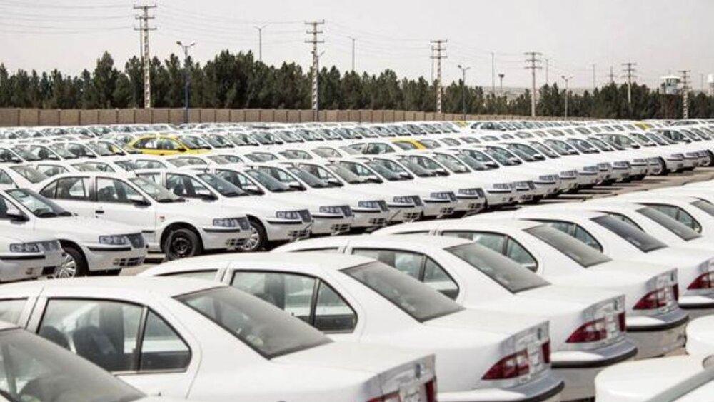 ورق در بازار خودرو برگشت/۴۰۵ به ۱۷۶ میلیون تومان رسید