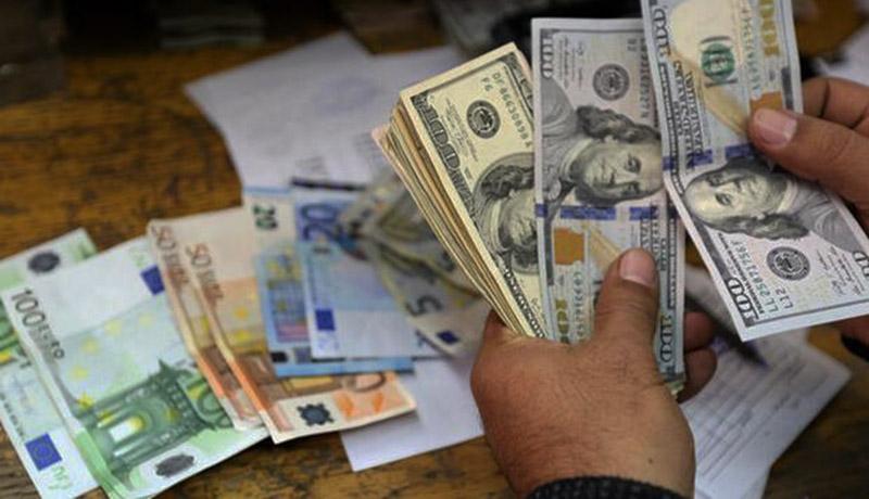 ۳ خبر مهم برای بازار ارز / قیمت دلار تا پیش از امروز ۱۶ دی ۹۹