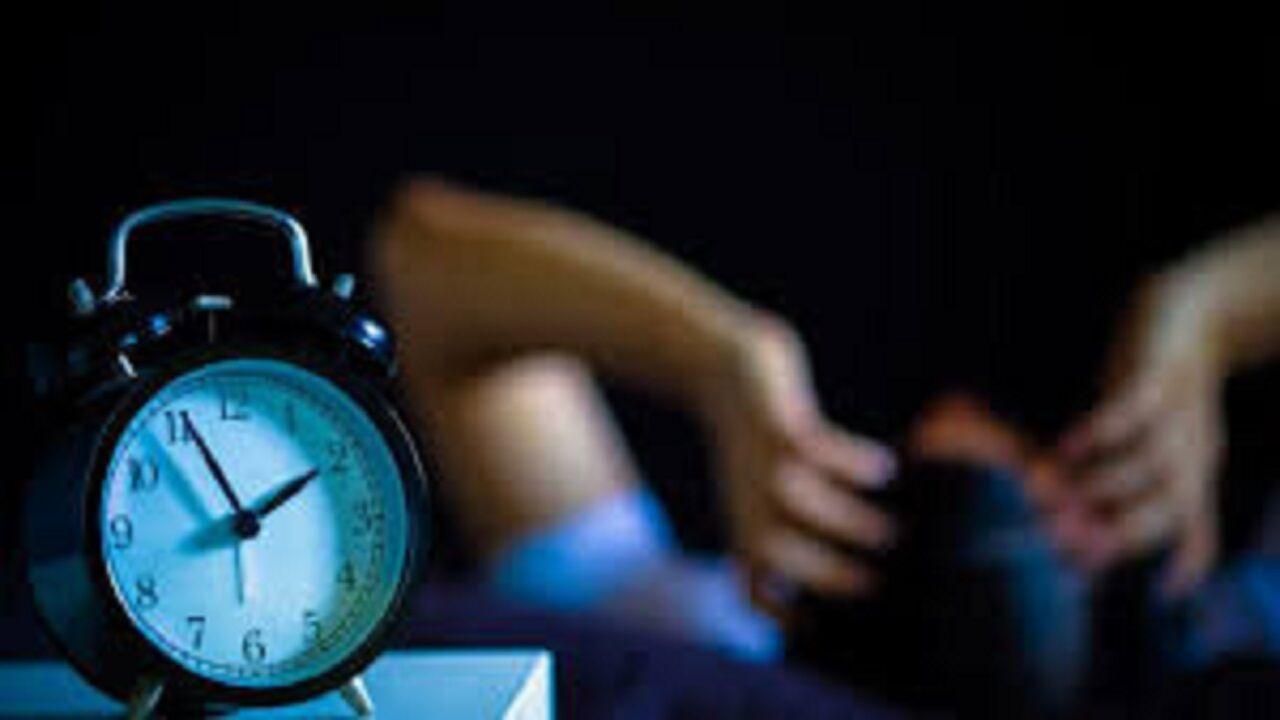 ۶ دلیلی که شما را نیمه شب از خواب بیدار میکند!