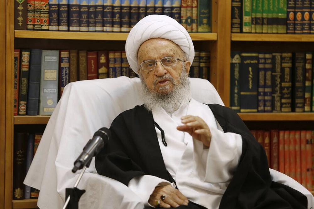 حضرت آیتالله مکارم شیرازی جنایت گروههای تکفیری در پاکستان را محکوم کرد