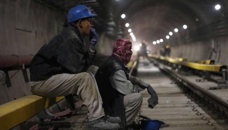 افزایش حقوق به نفع کارگران نیست / آیا قانون کار باید اصلاح شود؟