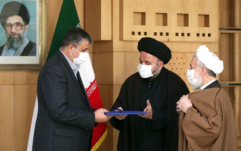 وزیر راه و شهرسازی؛ رئیس بنیاد غدیر هم شد + عکس