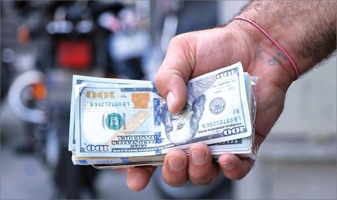 چشمانداز سقوط دلار