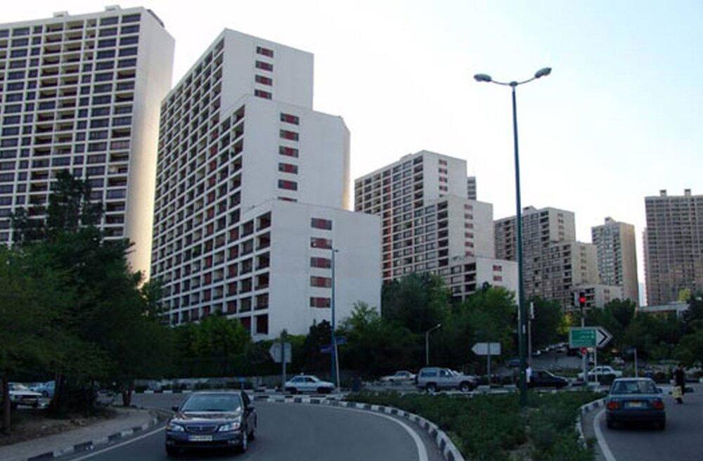 قیمت املاک در شهرک غرب / آپارتمان ۱۵ ساله متری ۱۶۶.۶۶۶میلیون