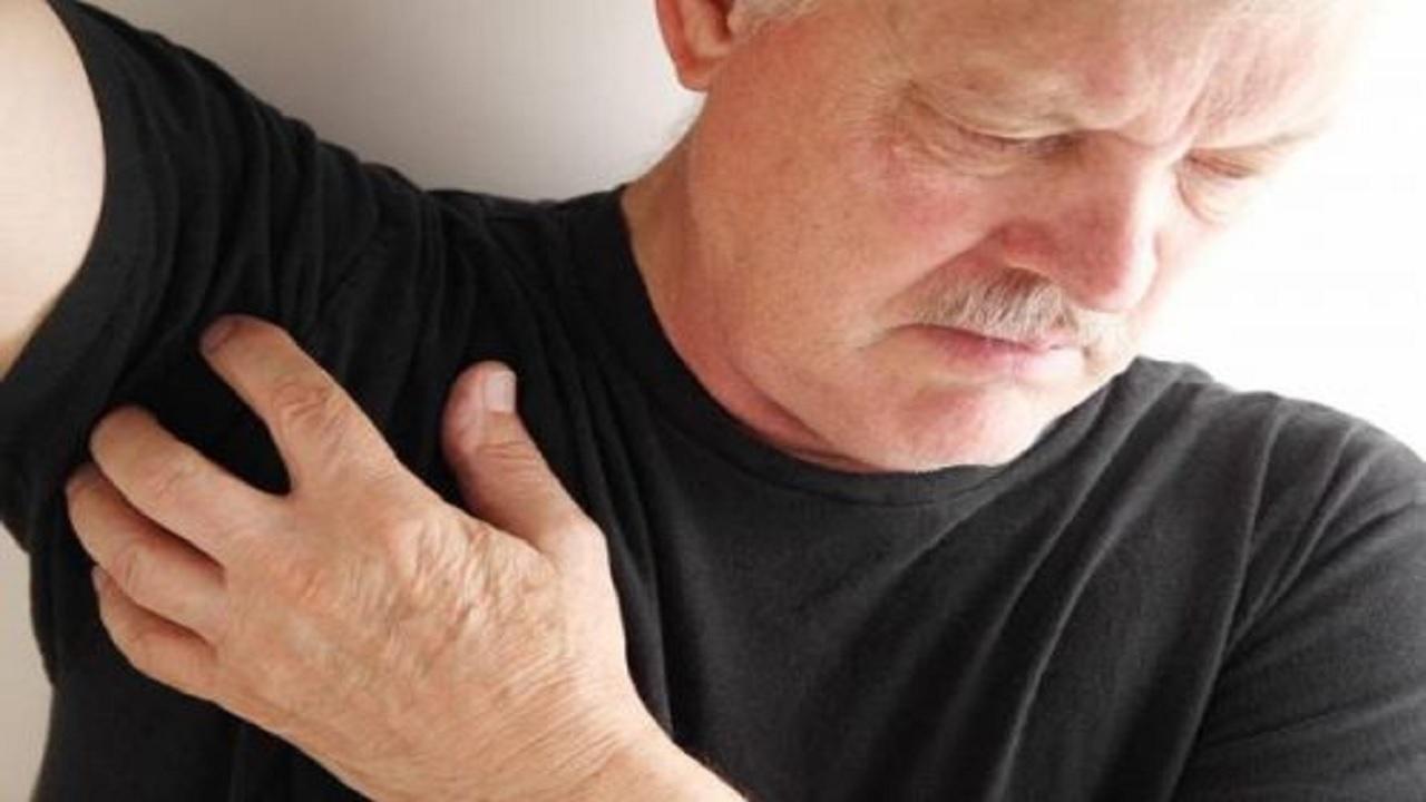 درد زیر بغل نشانه ابتلا به کدام بیماریهاست؟