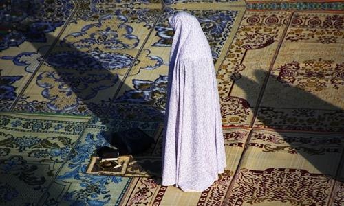 نماز جریان اتصال عبد به معبود است/ تنها حقیقت جاری در تمام ادیان و مذاهب نماز می باشد