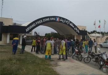 ادامه تجمع کارگران خدمات شهری خرمشهر/گره کور ۵ ماه حقوق معوق کارگران و زبالههای انباشته در شهر