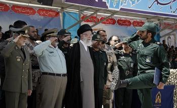 حضور فرمانده کل قوا در دانشگاه امام حسین(ع)/برنامههای مراسم