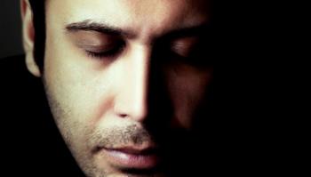 موزیک ویدئوی «محسن چاوشی» در رثای امیرالمومنین (ع)/فیلم