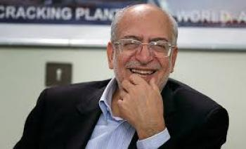 آقای وزیر از مدیران دارنده فیش های نجومی دلجویی کرد!