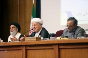 هاشمی رفسنجانی: مطمئن باشید کسی نزدیکتر از من به رهبری نیست