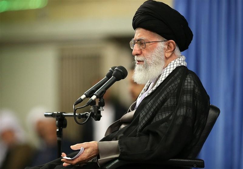امام خامنهای : کارِ کارگر ایرانی را ترویج کنید/۶ ماه پس از برجام تأثیر ملموسی در زندگی مردم دیده میشود؟