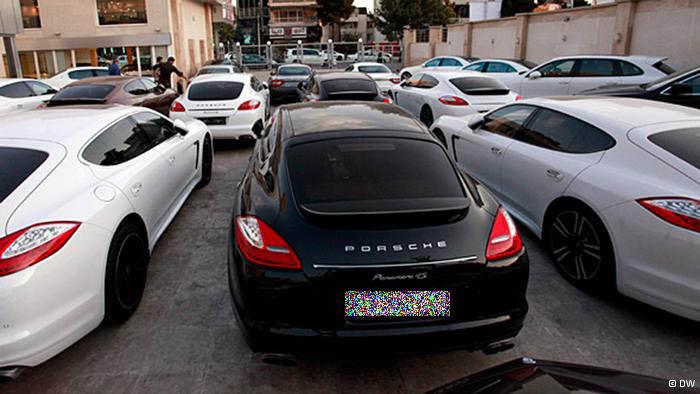 کلاه گُشاد واردکنندگان خودروی خارجی سر مردم!