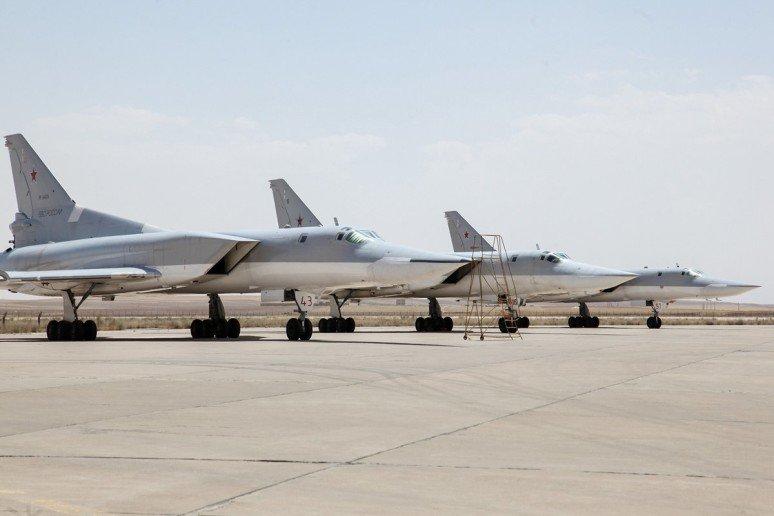 روسیه از آسمان ایران داعش را بمباران کرد +عکس