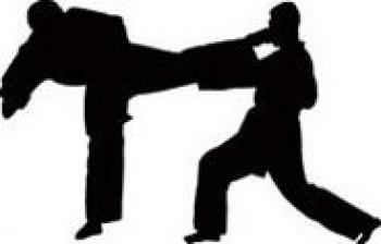 ضرب و شتم شدید نوجوان ۱۳ ساله توسط بخشدار!!