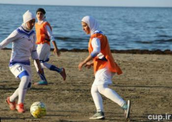 وداع با فوتبال اشک این دخترها را در آورد/تصاویر